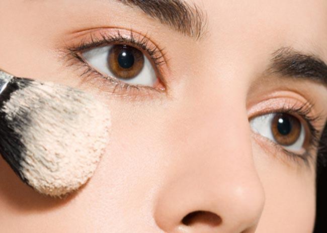 Πώς θα επιλέξω το σωστό make up; thumbnail