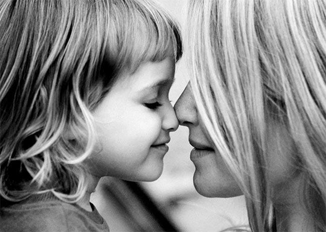 Μητέρα και κόρη. Σχέση και μίσους και αγάπης;   thumbnail