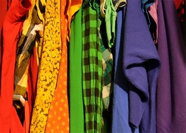 Πες μου τι χρώματα φοράς να σου πω ποια είσαι! thumbnail