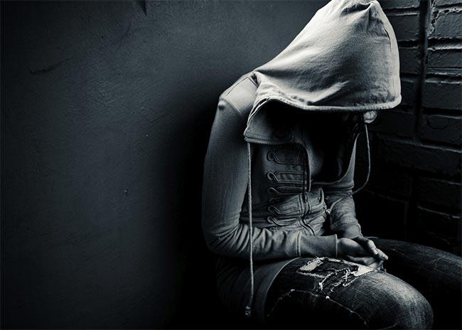 Ποια είναι τα συμπτώματα της εφηβικής κατάθλιψης;  thumbnail