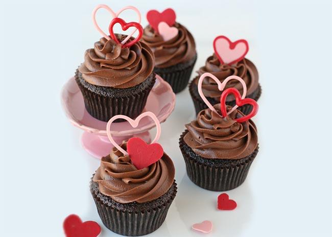 Φτιάξε Cupcake σοκολάτα σε σχήμα καρδιάς! thumbnail