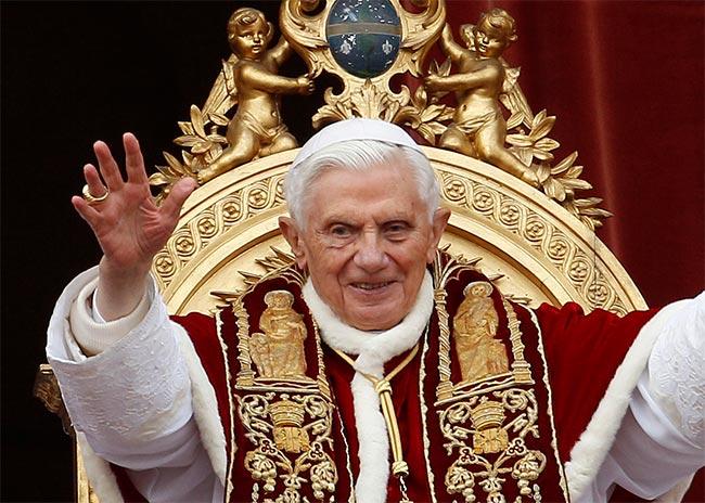Όταν ο Πάπας παραιτείται χάνει το αλάθητο;  thumbnail