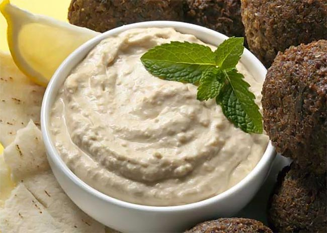 Ανατολίτικη συνταγή για χούμους με 100 θερμίδες! thumbnail