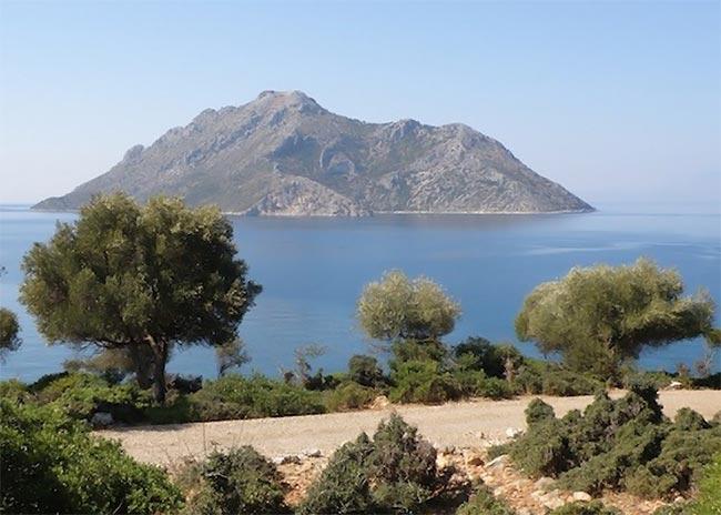 Ποια ελληνικά νησιά πωλούνται λόγω κρίσης;  thumbnail