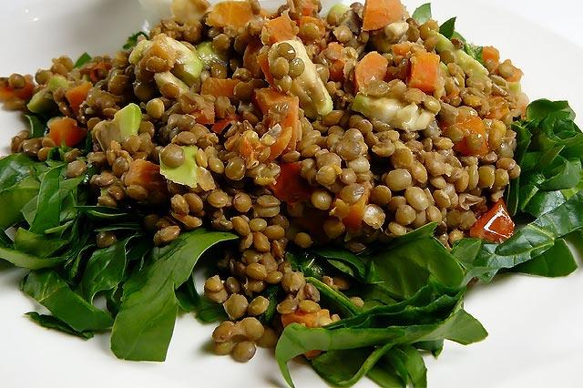 Δοκιμάστε νηστίσιμη σαλάτα με φακές! thumbnail