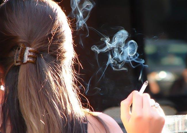 Πώς θα κόψω το κάπνισμα χωρίς να πάρω κιλά;  thumbnail