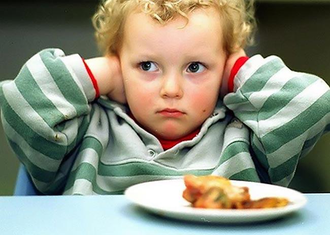 Το παιδί μoυ δεν τρώει το φαγητό του. Τι φταίει;  thumbnail