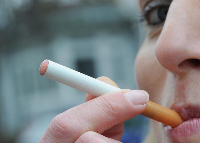 Πόσο ασφαλές είναι το ηλεκτρονικό τσιγάρο; thumbnail