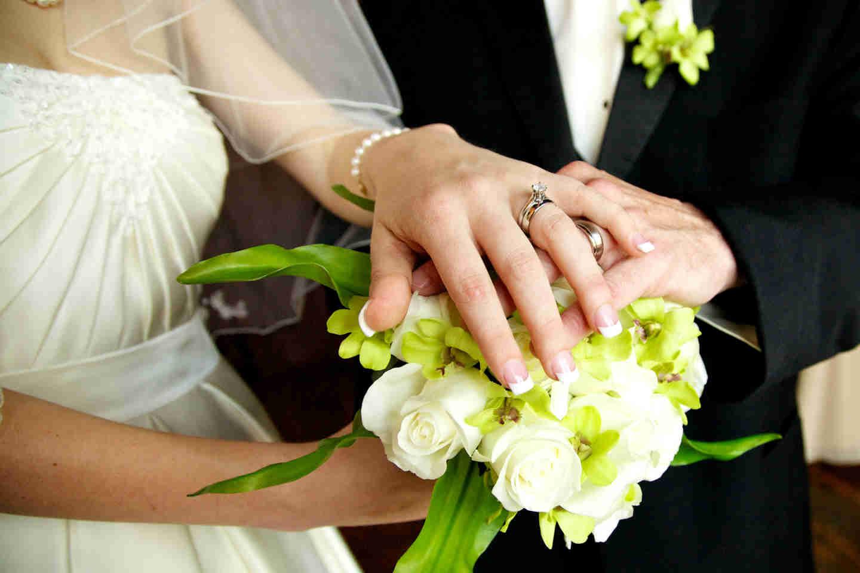 Γάμος ή συμβίωση; Γιατί παντρευόμαστε; thumbnail