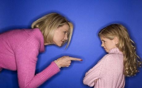 8 τρόποι για να σας ακούν τα παιδιά σας! thumbnail