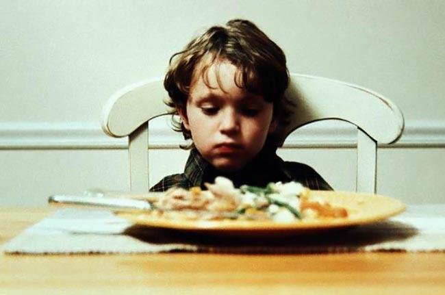 Παιδικές διατροφικές διαταραχές: Προειδοποιητικά σημάδια. thumbnail