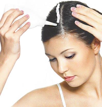 Βάψε μόνη τα μαλλιά σου, σαν επαγγελματίας! thumbnail