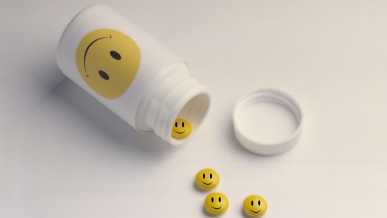 3 χάπια που υπόσχονται ευτυχία. Τα καταφέρνουν; thumbnail