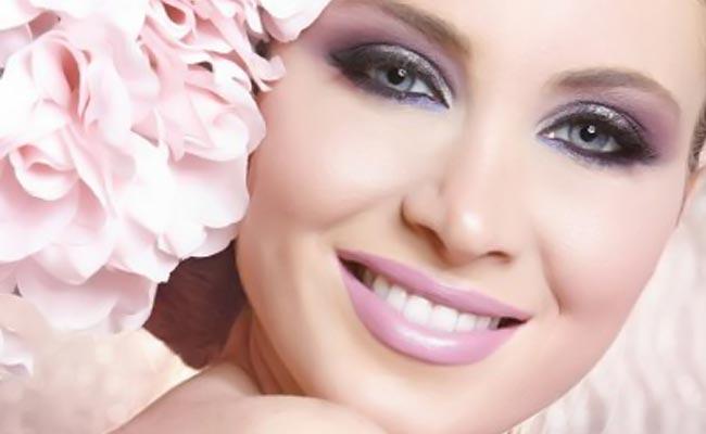 Ένα νυφικό μακιγιάζ σε ροζ τόνους thumbnail