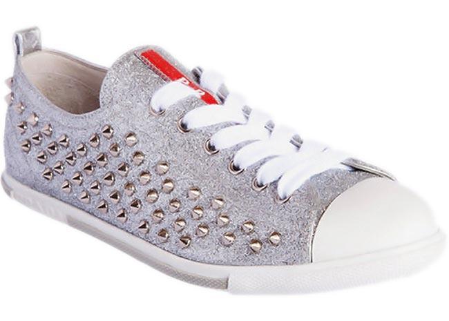10 κομψά πάνινα παπούτσια για όλες τις ώρες! thumbnail