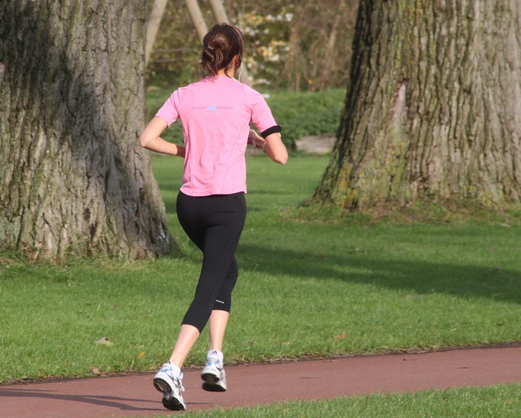 Το γρήγορο βάδισμα πιο ωφέλιμο για την καρδιά από το τρέξιμο! thumbnail