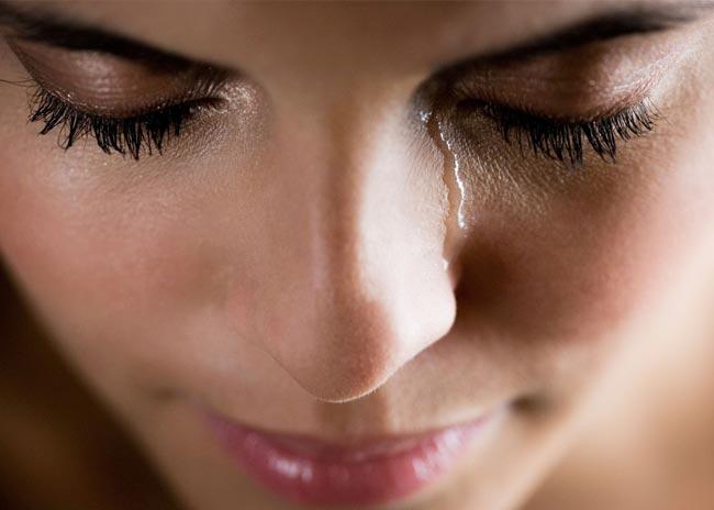 Οι γυναίκες που κλαίνε είναι λιγότερο σεξουαλικές;  thumbnail