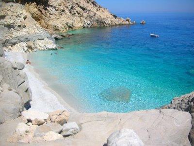 8 εξωτικές παραλίες στην Ελλάδα thumbnail