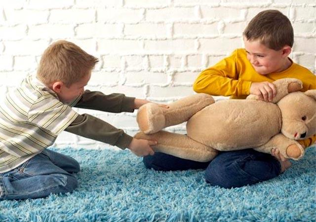 Πώς αντιμετωπίζουμε τους καβγάδες των παιδιών;  thumbnail