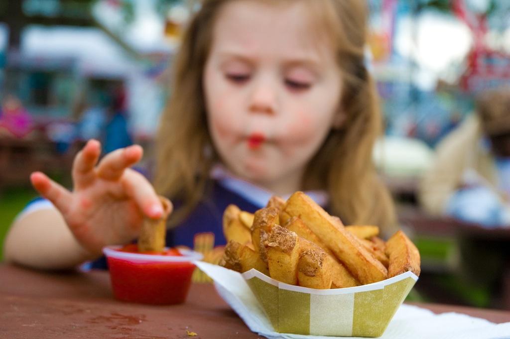 Τα τηγανητά προκαλούν κακές επιδόσεις στο σχολείο! thumbnail