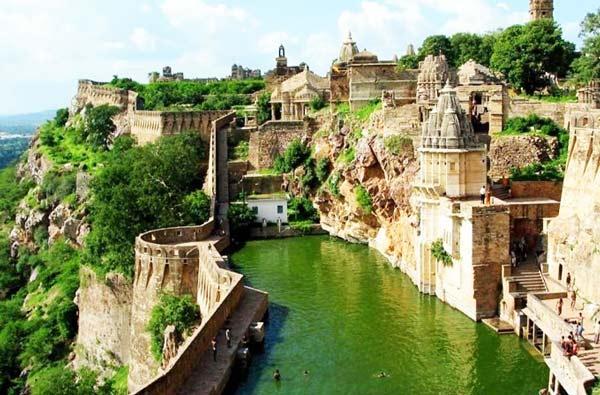 Ταξιδέψτε στα 10 πιο όμορφα μέρη! thumbnail