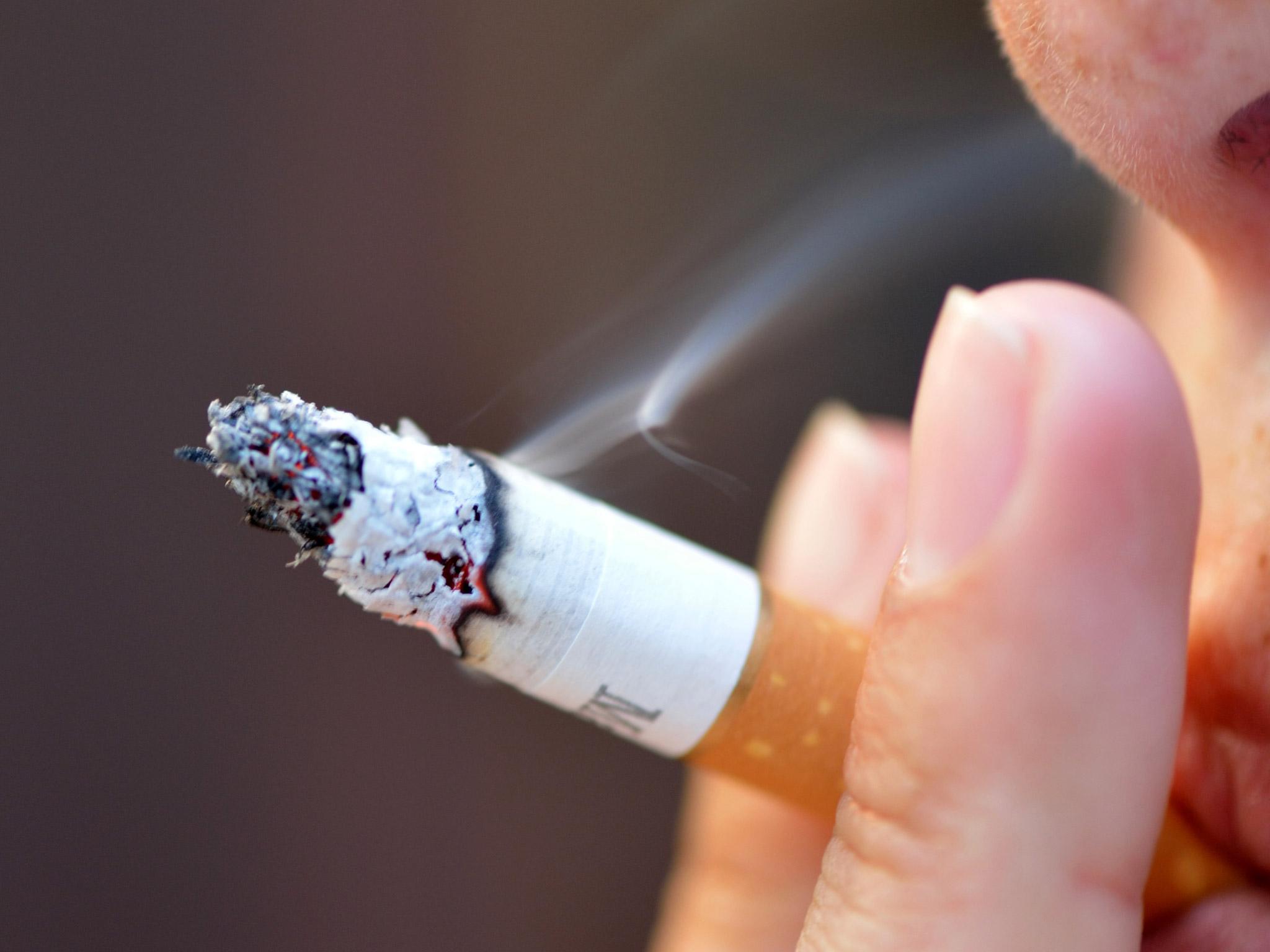 Κάπνισμα: Πολύ επικίνδυνα τα υπολλείματα καπνού στο χώρο! thumbnail
