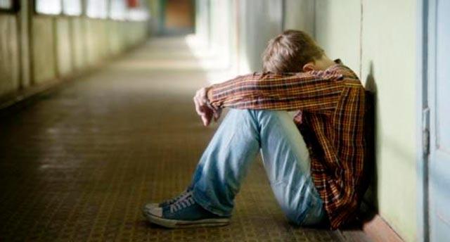 Παιδιά με κατάθλιψη λόγω κρίσης! thumbnail