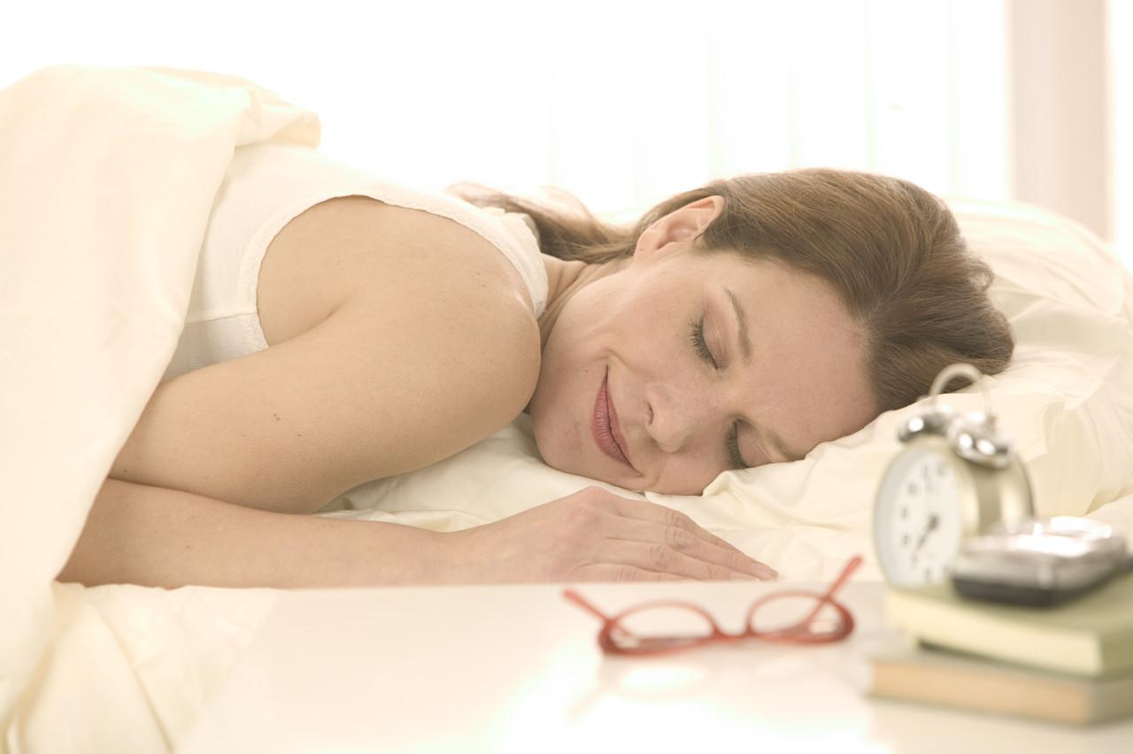 Πόσο ώρες να κοιμόμαστε για να έχουμε υγιή καρδιά;  thumbnail