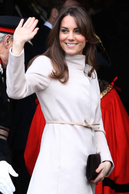 Οι top εμφανίσεις της Kate Middleton thumbnail