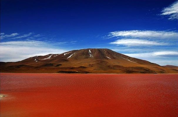 Oι 7 πιο μαγευτικές λίμνες του κόσμου thumbnail