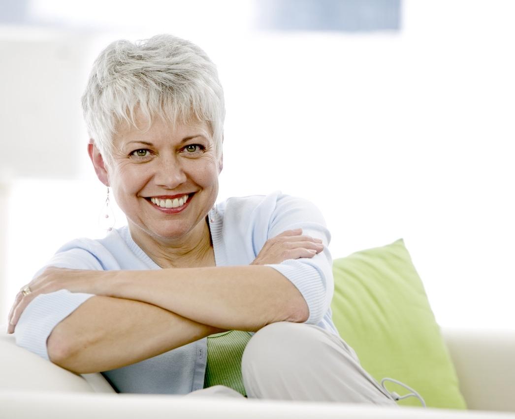 Κίνδυνος για τα δόντια των καπνιστριών μετά την εμμηνόπαυση!  thumbnail
