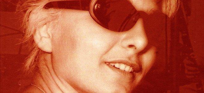 Ώρες αγωνίας για τη Τζένη Βάνου thumbnail
