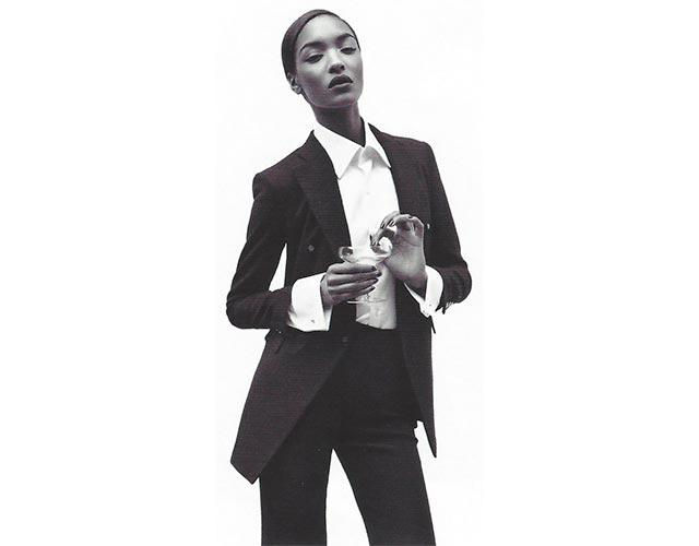 Ξεφυλλίζοντας τη Vogue: Ανδρόγυνο στυλ thumbnail