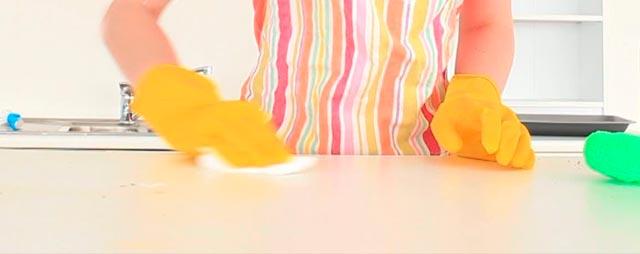 Ψυχαναγκασμός: Η μανία με την καθαριότητα στο σπίτι thumbnail