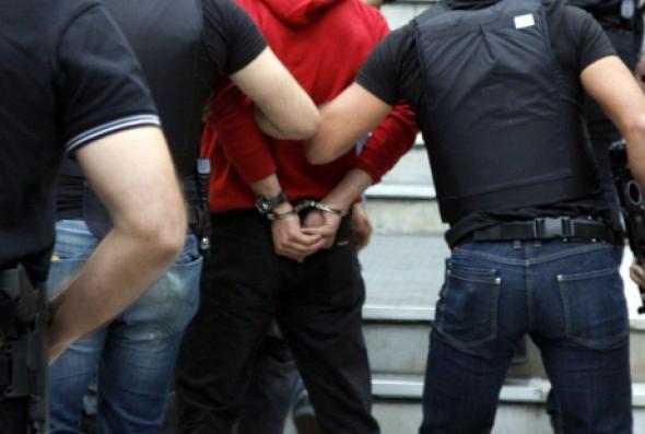 Συνελήφθη για μισό κιλό χασίς thumbnail
