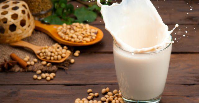 Φυτικά γαλακτοκομικά προϊόντα: Μπορούν να αντικαταστήσουν το αγελαδινό γάλα;