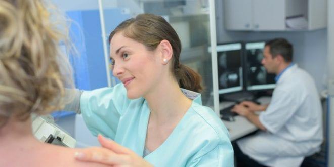 Μπορεί η προεγχειρητική βιοψία μαστού να προκαλέσει διασπορά τυχόν καρκινικών κυττάρων;