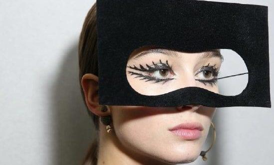 Το σουρεαλιστικό μανιφέστο ομορφιάς του οίκου Dior στη νέα επίδειξη υψηλής ραπτικής