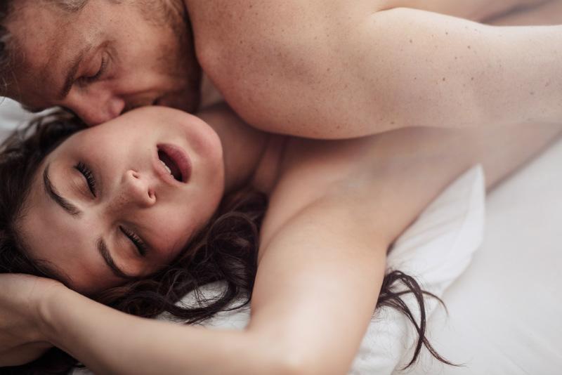 Λεσβιακό σεξ μιλάει βρώμικο