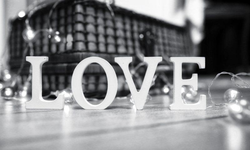 love-aisthimatikes-15-03