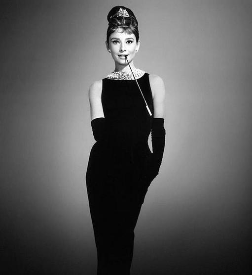 hepburn-litle-black-dress