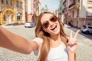 teen selfie