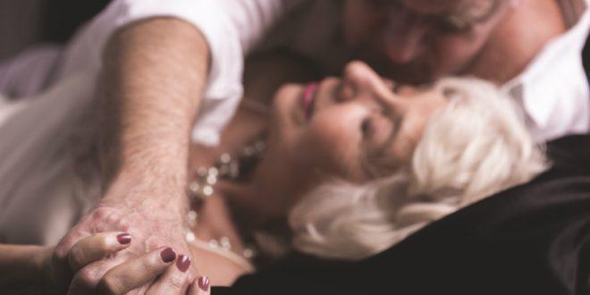 Σεξ στην τρίτη ηλικία: «Κόβεται» η ερωτική επαφή μεταξύ του ζευγαριού;