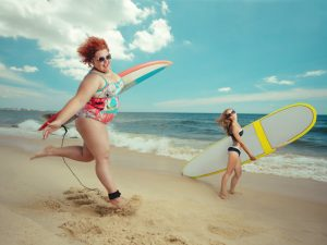 gunaika-plus-size-surfing 2