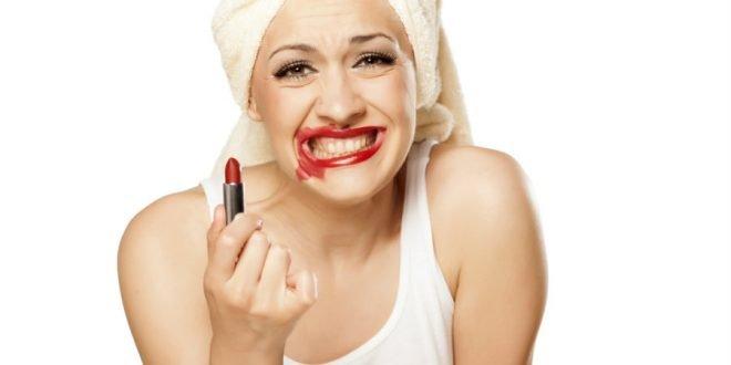 Τα 5 συχνότερα «ατυχήματα» που μπορούν να σου καταστρέψουν το μακιγιάζ!