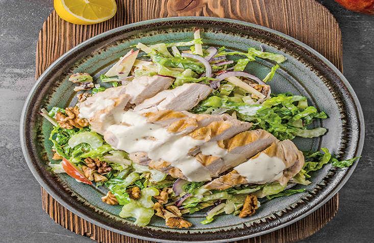 salata-me-kotopoulo-kai-blue-cheese