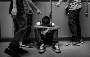 sxolikos ekfovismos bullying