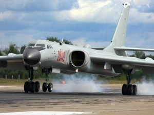 stratiotiko-aeroplano-russia