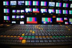tv studio adeies