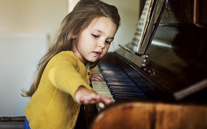 piano-paidi-mousiki